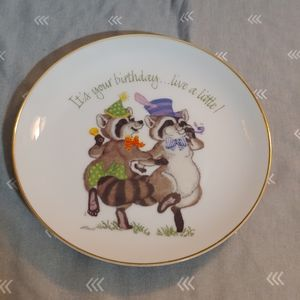 Porcelain Raccoon 🎂 Birthday 🎈 Collector Plate